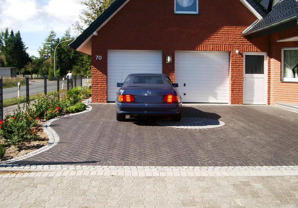 Pflasterarbeiten Parkplatz Zufahrt